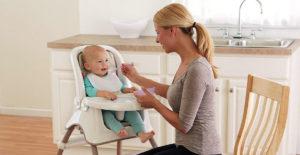 Tronas de bebé, ¡nuestro hijo se sienta a la mesa!