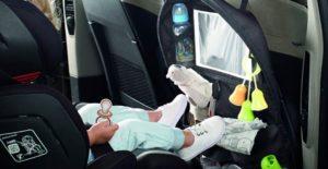 Consejos para colocar la silla de bebé en el coche