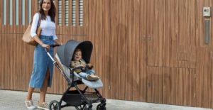 ¿Cómo pasear al bebé? Claves para disfrutar del camino