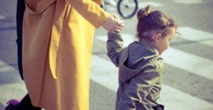 Seguridad para niños al salir de casa... o al cruzar la calle
